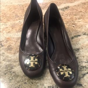 Tory Burch Brown Leather Pumps